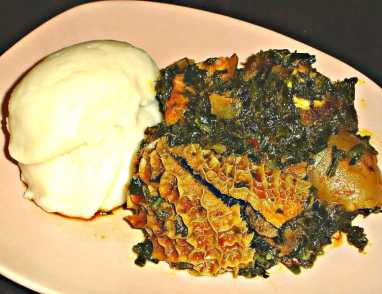 Words and translations with egusi in Hausa, Igbo, Pidgin